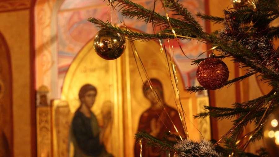 Вхрамах Саткинского района пройдут рождественские богослужения
