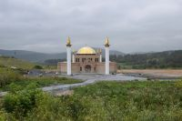 Саткинская мечеть продолжает хорошеть